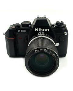 Brugt Nikon F-301 m/43-86mm f/3,5